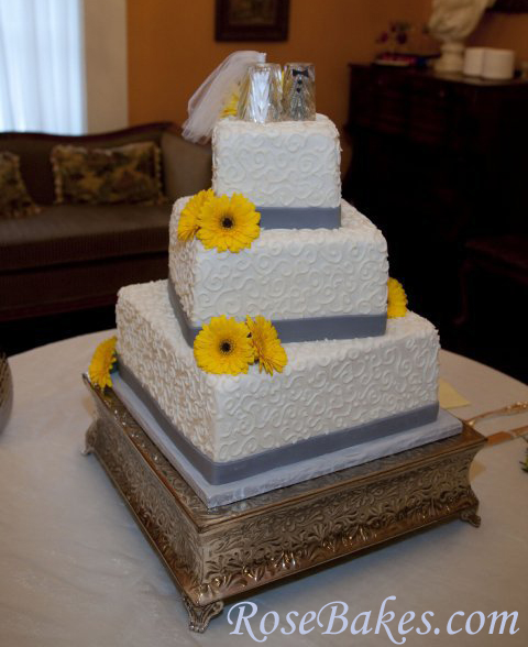 Jake Ariel Gray Yellow Wedding Cake