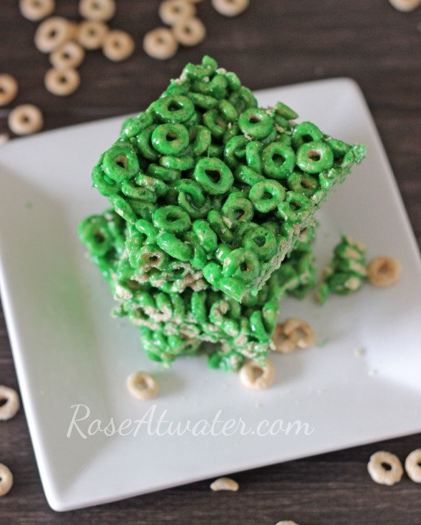 St Patrick's Day Cheerios Marshmallow Cereal Treats