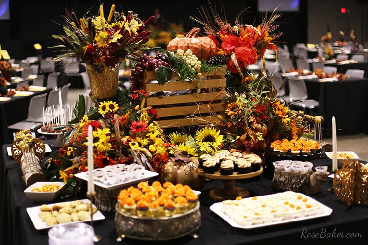 fall-dessert-table-back